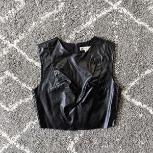 ⚡ 3/$20⚡Faux Leather Crop sz:S